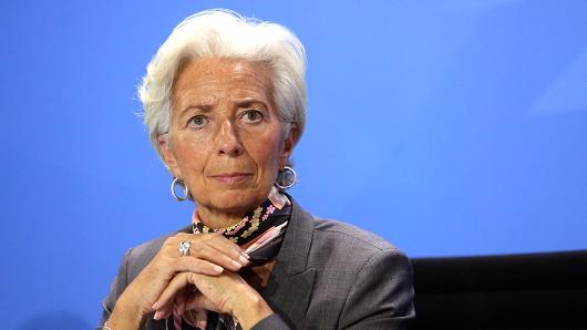 ECB Başkanı Lagarde: Ekonomi 4. çeyrekte muhtemelen daraldı...